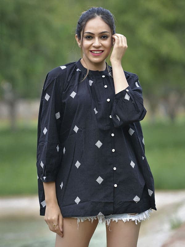 Black and White Diamond Dots Top