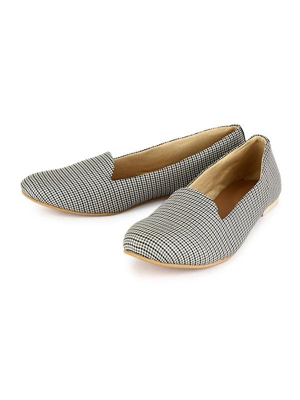 Women Geometric Chequered Loafers